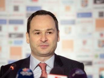 """""""In maxim o luna o ia pe Dinamo!"""""""