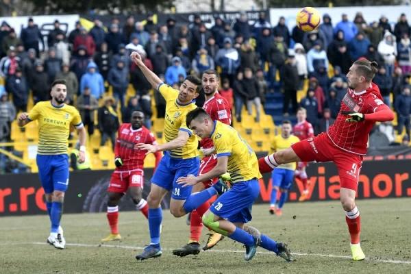 DUNĂREA - DINAMO 0-0
