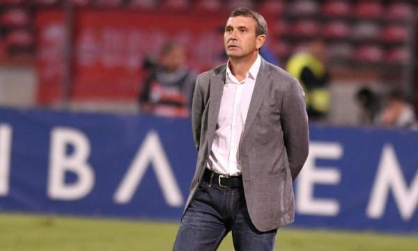 Dinamo a anunțat despărțirea de Eugen Neagoe
